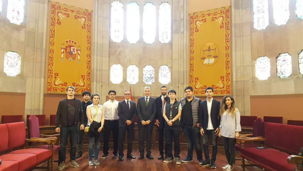 ASB's members have attended a meeting with the Supreme Court of Catalunya.